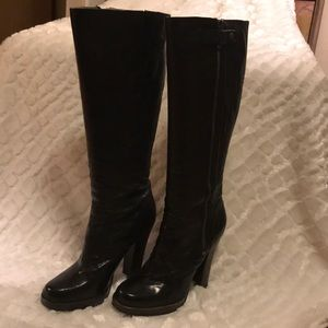Frye Donna Snap Tall size 9M